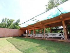 屋根が付いていますので全天候対応可能!